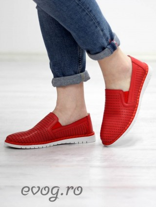 Pantofi piele naturala perforata Comfy Red