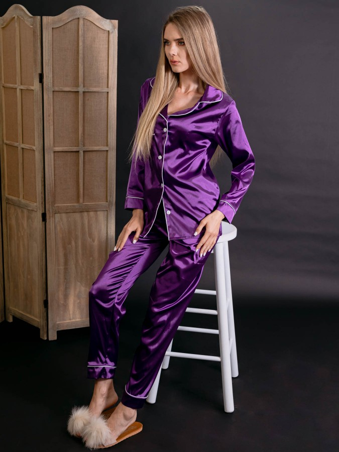 Pijama Luxury din Satin Mov cu vipusca alba cod PJS5